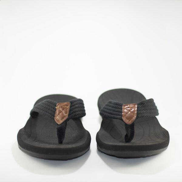 sandalias negras hombre foto